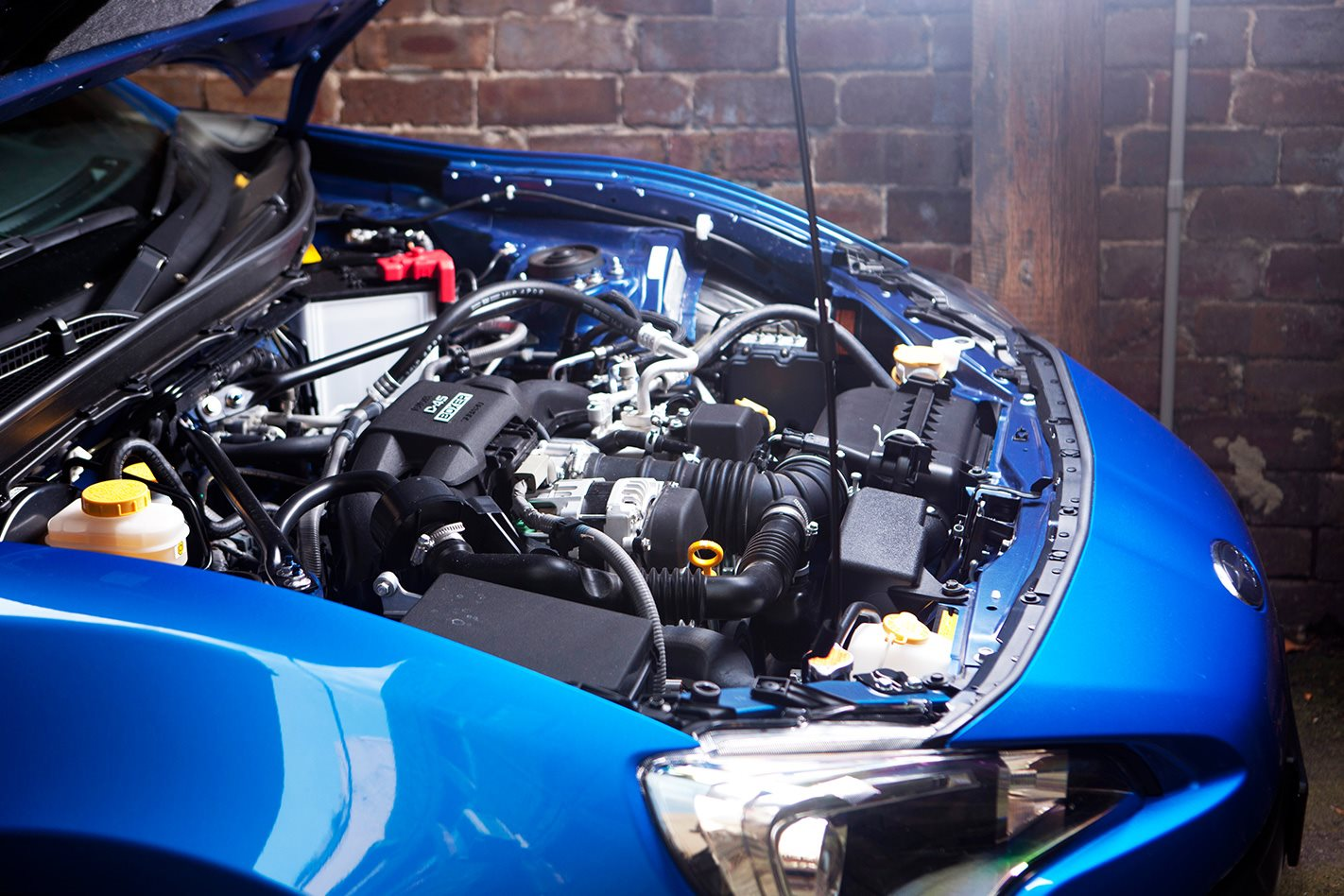 2012-Subaru-BRZ-engine.jpg