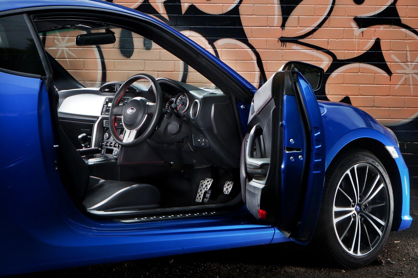 2012-Subaru-BRZ-interior.jpg