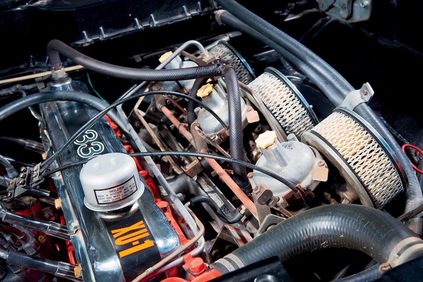 LJ-Torana-GTR-XU-1-engine.jpg