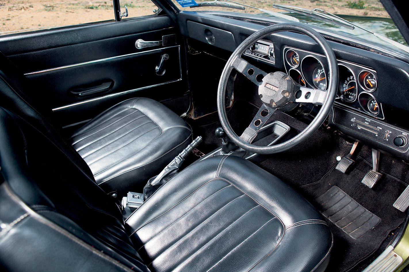 LJ-Torana-GTR-XU-1-interior.jpg