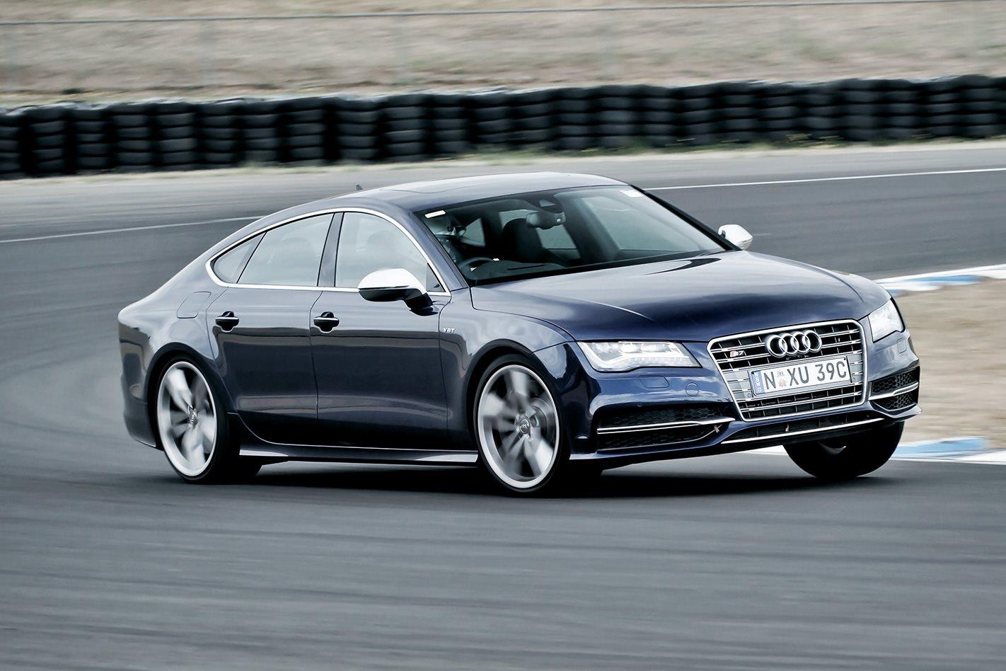2012-Audi-S7-front.jpg