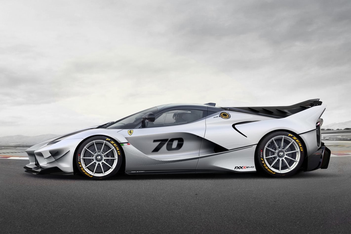 Ferrari-FXX-K-Evoluzione-side.jpg