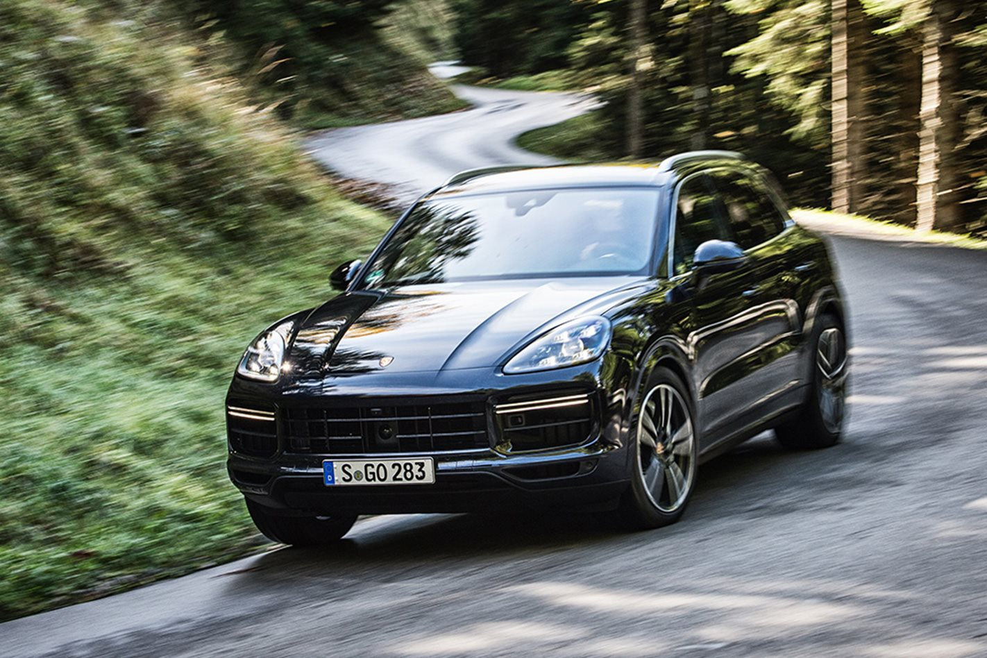 2018 porsche cayenne turbo review. Black Bedroom Furniture Sets. Home Design Ideas