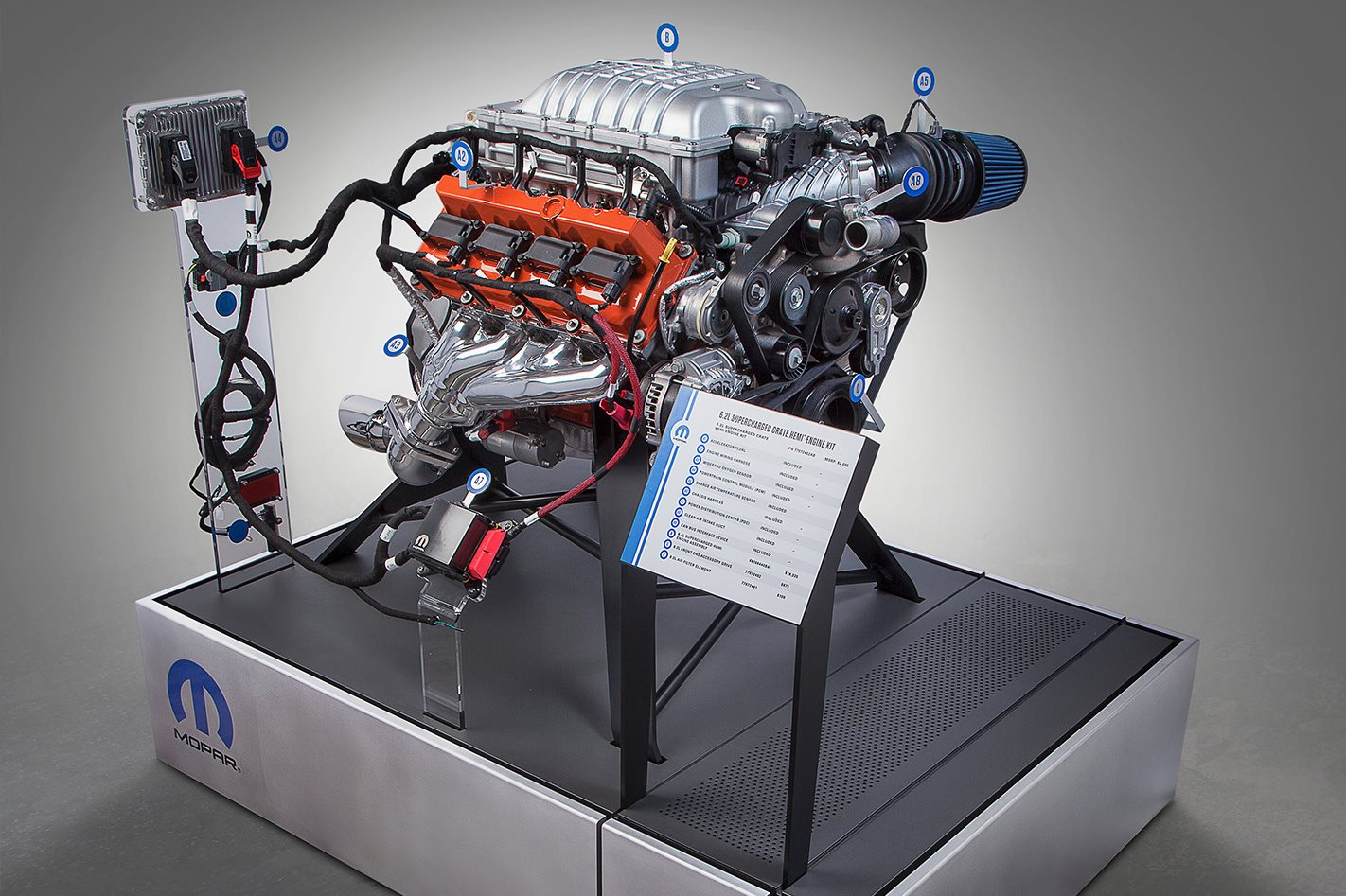 Mopar Hemi 6.2L Crate engine