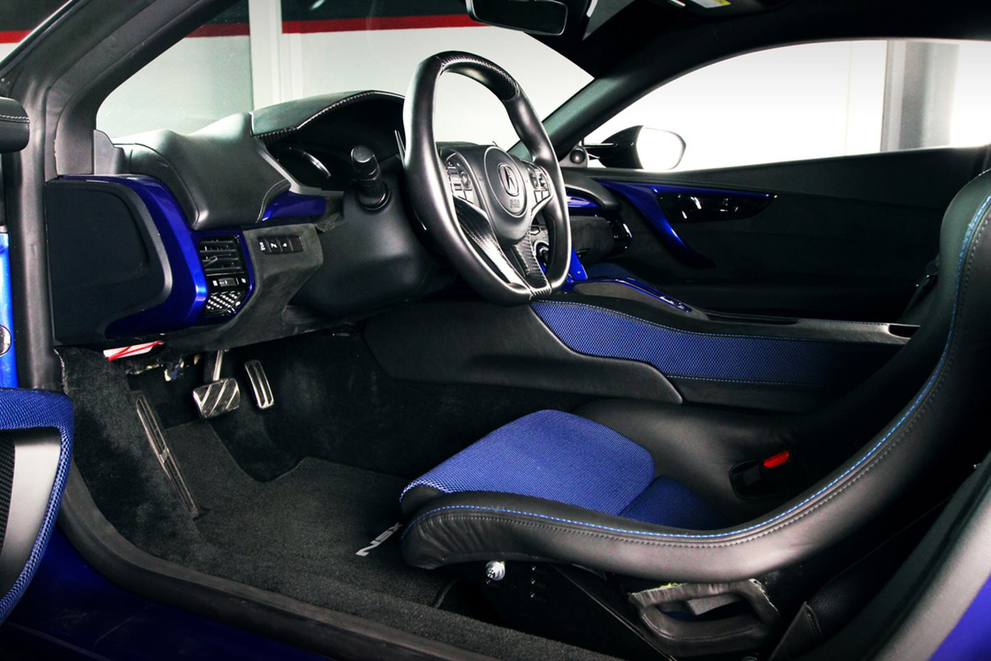 Acura-NSX-Dream-interior.jpg
