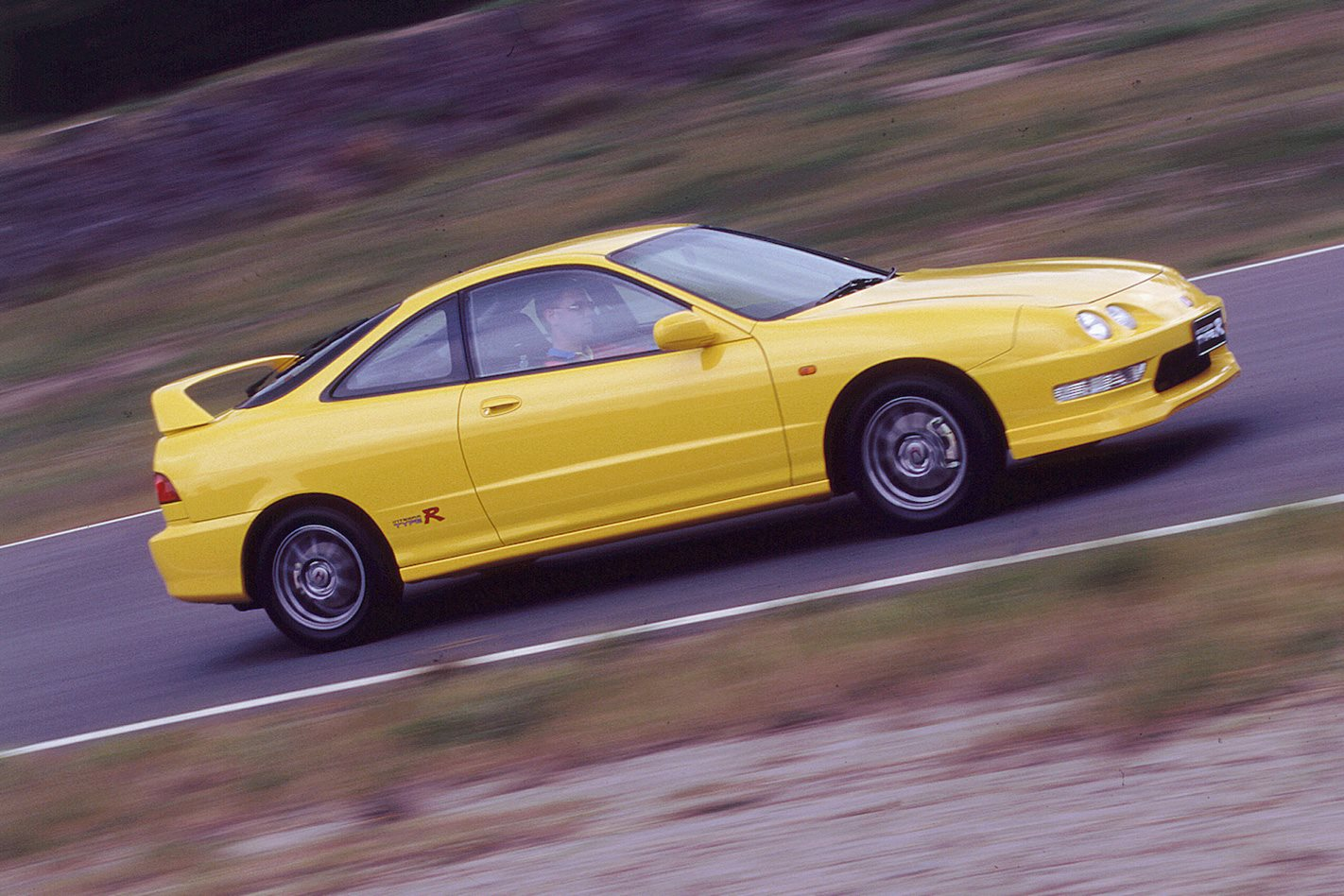 2000 Honda Integra DC2 Type R.jpg
