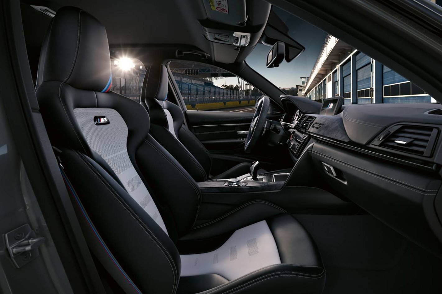 2018-BMW-M3-CS-interior.jpg