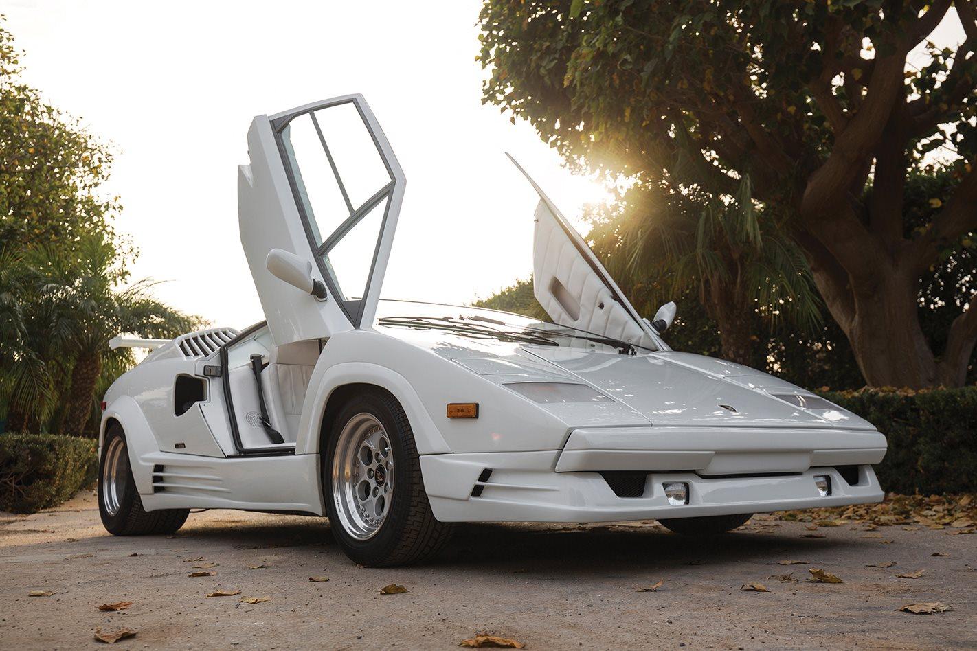 1989-Lamborghini-Countach.jpg
