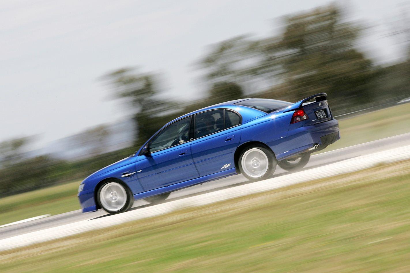 2004-Holden-Commodore-SS.jpg