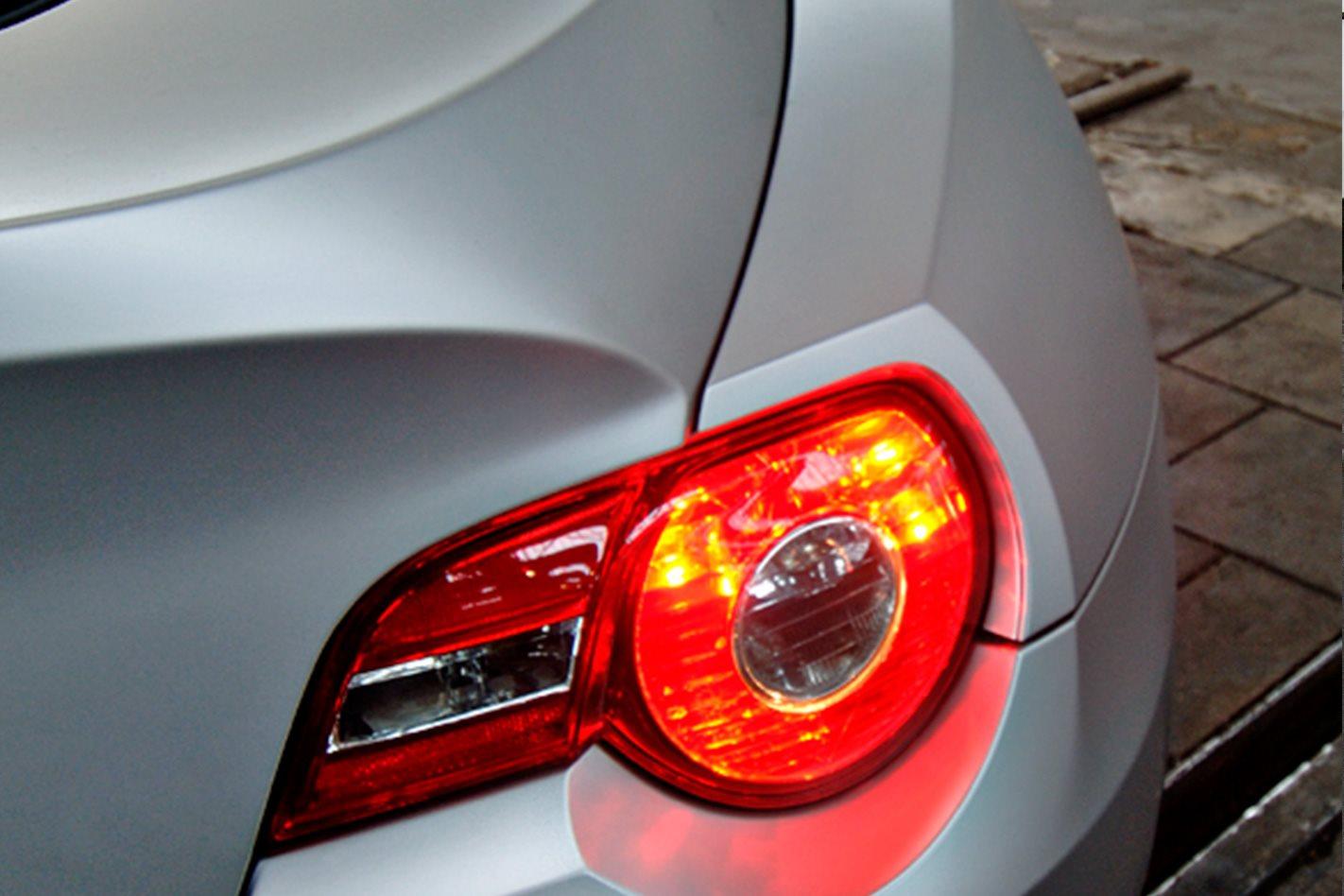 2006-BMW-Z4-Coupe-tailights.jpg