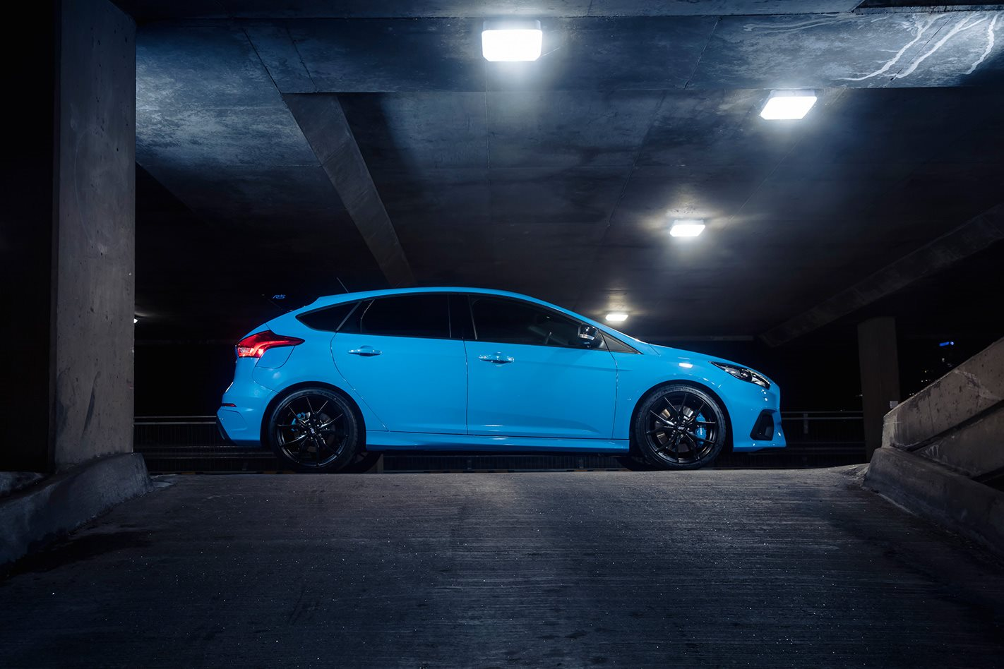 2018 Ford Focus RS Limited Edition side.jpg