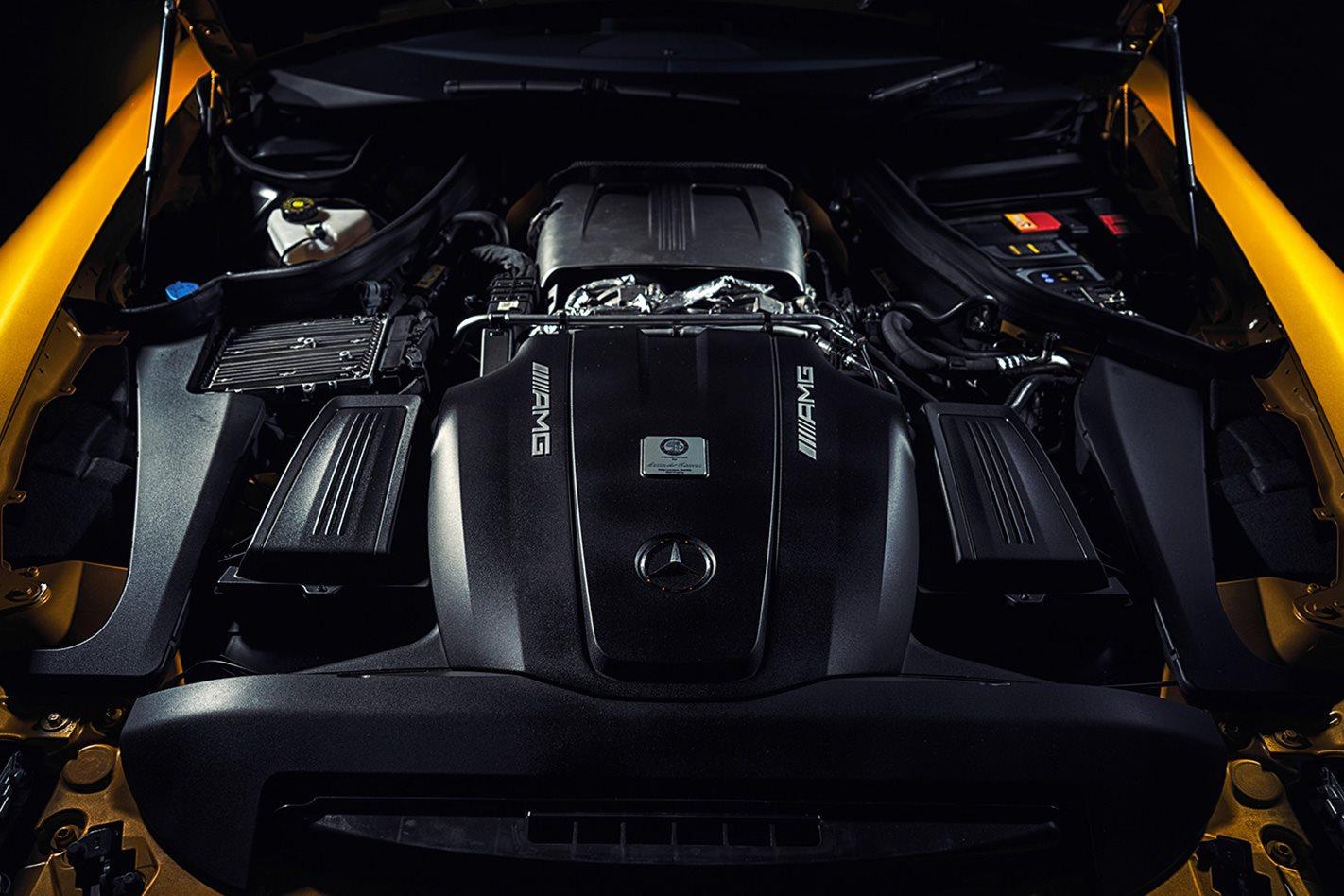 2018-Mercedes-AMG-GT-S-engine.jpg