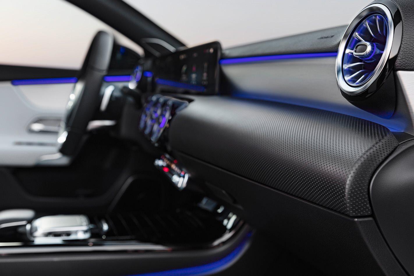 2018-Mercedes-Benz-A-Class-dashboard.jpg