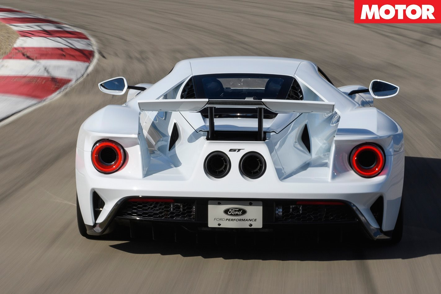2017 Ford GT rear track