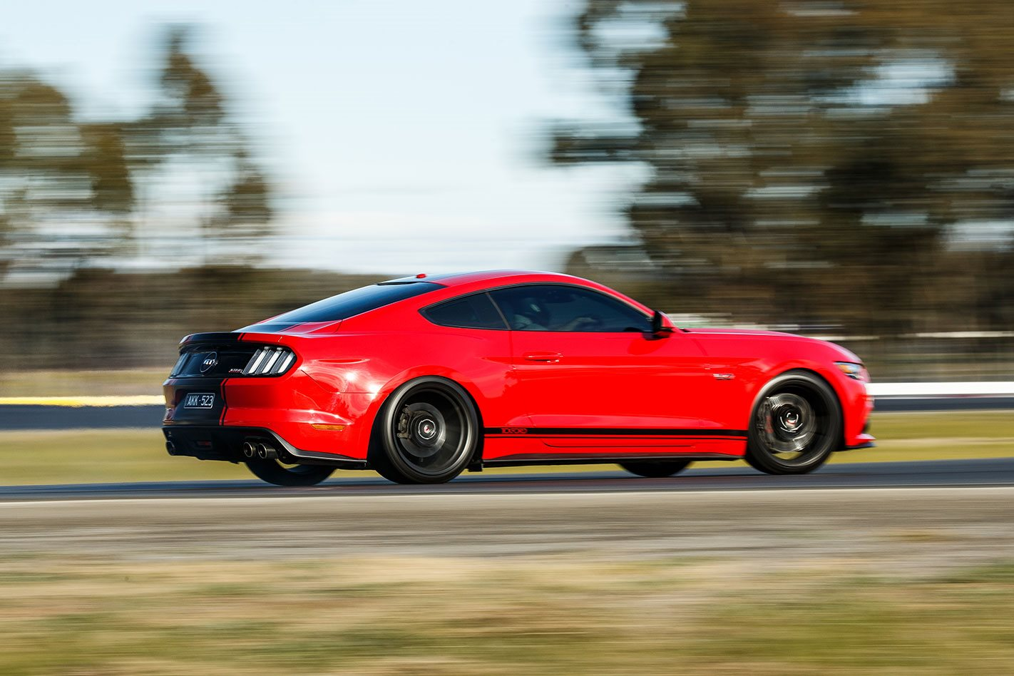 And when it comes down to lap times well the tickford 360 actually holds its own pretty convincingly true it doesnt have the zap or the front rubber
