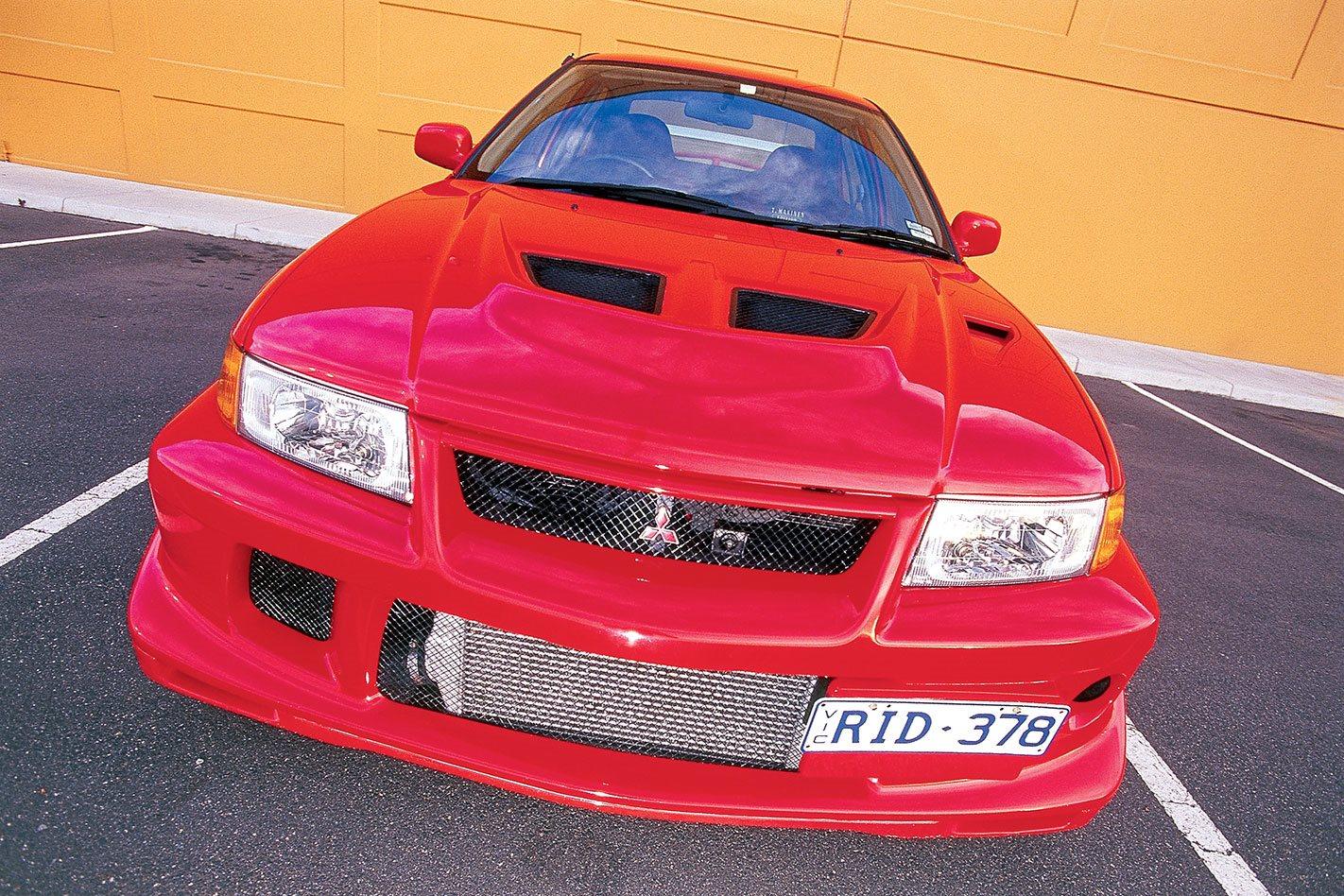 2008 Mitsubishi Evolution X vs Evo VI TME vs Evo IX on track