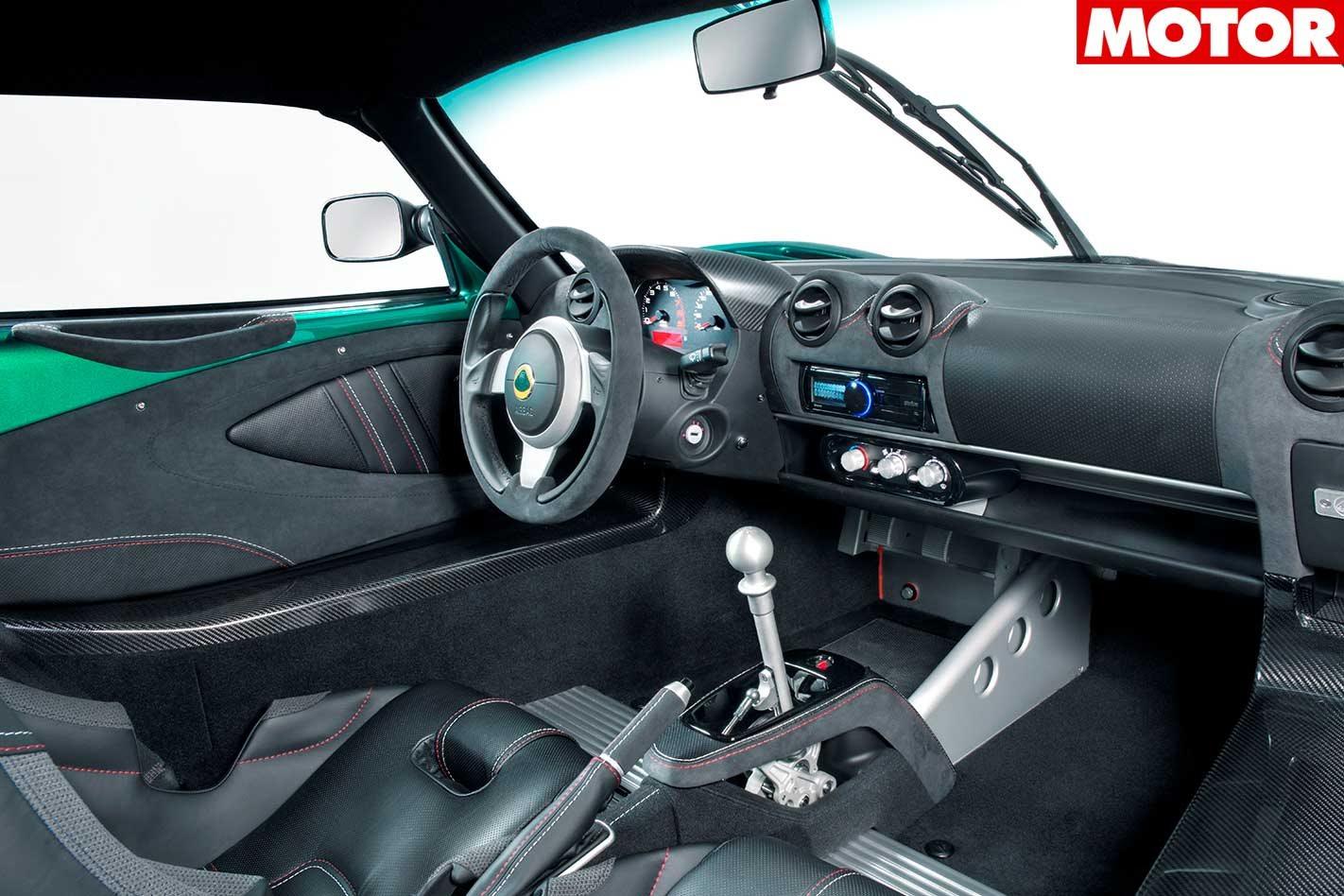 https://d3lp4xedbqa8a5.cloudfront.net/s3/digital-cougar-assets/motor/2018/03/28/Misc/Lotus-Evora-GT430-and-GT430-Sport-interior.jpg