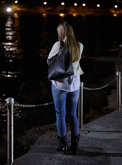 **Charlotte King**  After Charlotte (Erika Heynatz) threatened to reveal the secrets of many Summer Bay residents, she was shot whilst at the pier and her body fell into the sea. It was later revealed that Josh Barrett (Jackson Gallagher) accidentally shot Charlotte during an altercation.