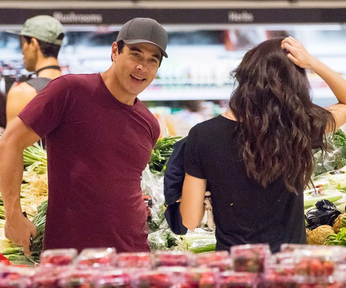 Attention shoppers: We have some major flirting in the produce section.