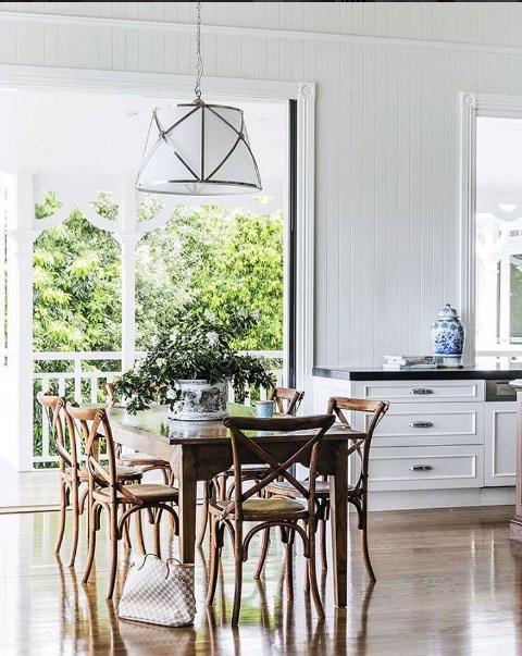 **Who:** Highgate House **Handle:** [@highgatehouse](https://www.instagram.com/highgatehouse/?hl=en) **Follow for:** Get blissfully lost in a Hamptons vortex on this Brisbane-based interior designers' Instagram account. They're known for their luxurious, yet classic approach to decorating.
