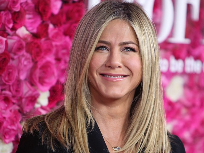 """""""There is this pressure in Hollywood to be ageless,"""" Jennifer Aniston told [*Elle*](http://www.elle.com/beauty/news/a15486/jennifer-aniston-on-aging-without-plastic-surgery/