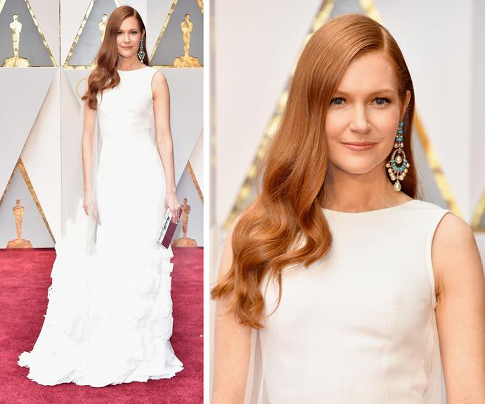 Darby Stanchfield keeps things classic in this chic white gown.
