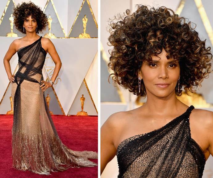 Halle Berry, please always wear your hair like this.