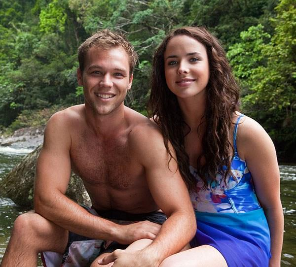 **15. Lincoln Lewis - Neighbours** <br><br> In 2011, Lincoln filmed a small guest role in *Neighbours* as a Queensland marine biologist who swept Kate (Ashleigh Brewer) off her feet during a holiday.