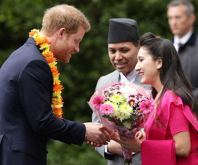 Last March, Harry traveled to Kathmandu, Bardia and the Pokhara area. During his royal tour, he saw the effects of the 2015 earthquake, visiting the affected families.