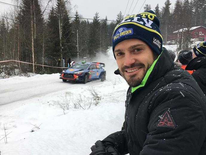 And this picture of Carl Philip, at the Rally Sweden event earlier this year. Anyone else suddenly *really* interested by rally driving?