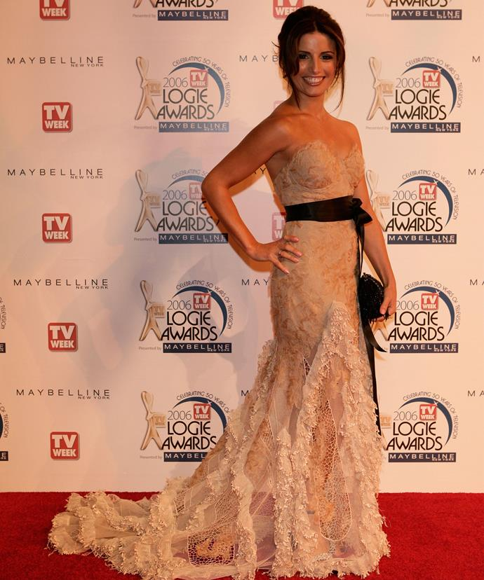 Ada dazzled in this gorgeous gown at the 2006 TV WEEK Logie Awards.