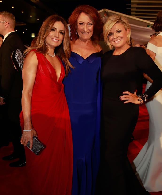 Ada, Lynne McGranger and Emily Symons get cosy on the red carpet at the 2016 Logie Awards.