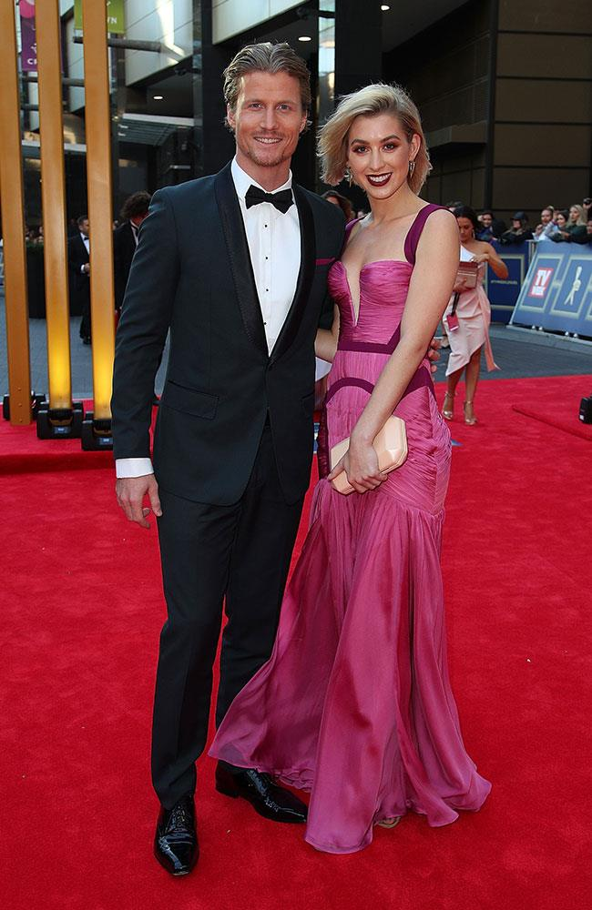 The loved-up Alex Nation and Richie Strahan from *The Bachelor* put those split rumours to rest with their appearance on the red carpet.