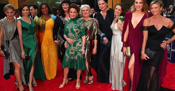 Watch On The Red Carpet At The 2017 Logie Awards Woman