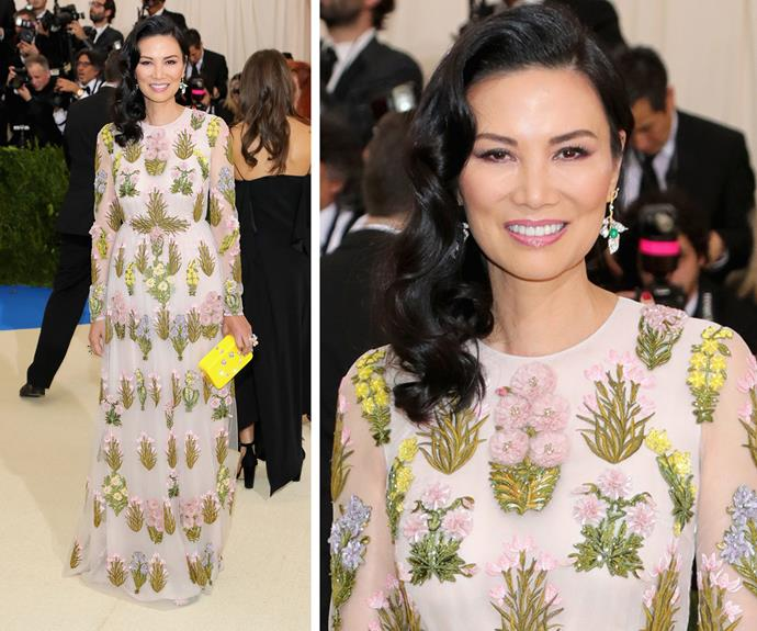 Wendi Deng oozes elegance in this chic floral gown.