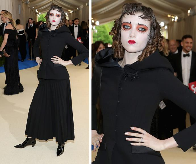 Grace Hartzel proves face paint and ringlets have a place on the Met Gala red carpet.