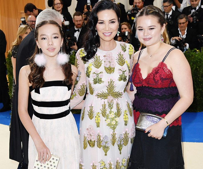 Umm, how jealous are we that Wendi Deng and Rupert Murdoch's daughters Chloe and Grace scored an invite.