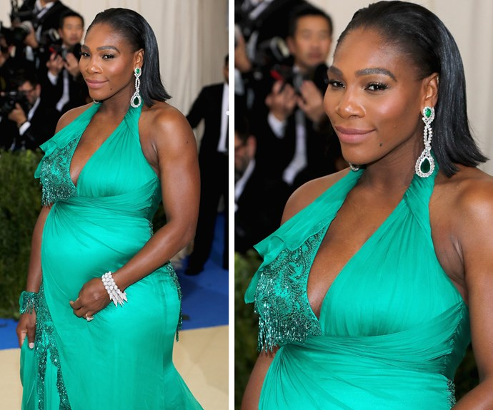 Pregnant Serena Williams is seriously glowing in this emerald-coloured dress.