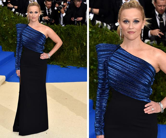 Reese Witherspoon is a beauty in blue and black.