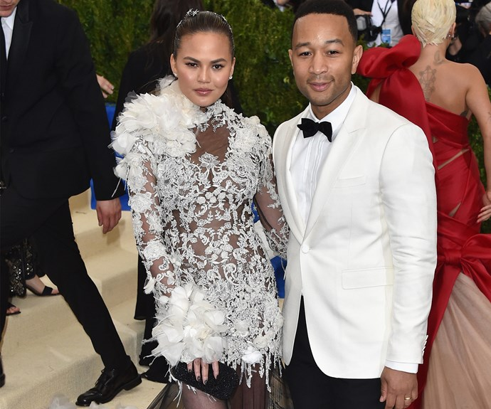 All hail our Hollywood heroes Chrissy Teigen and John Legend.