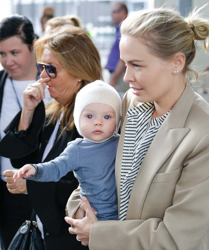 Lara's mum Sharon Bingle was there to greet her gorgeous new grandson and her daughter. **(Images/Diimex)**