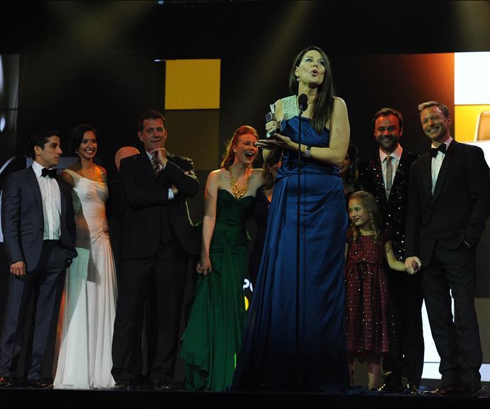 Julia Morris accepting a Logie Award.