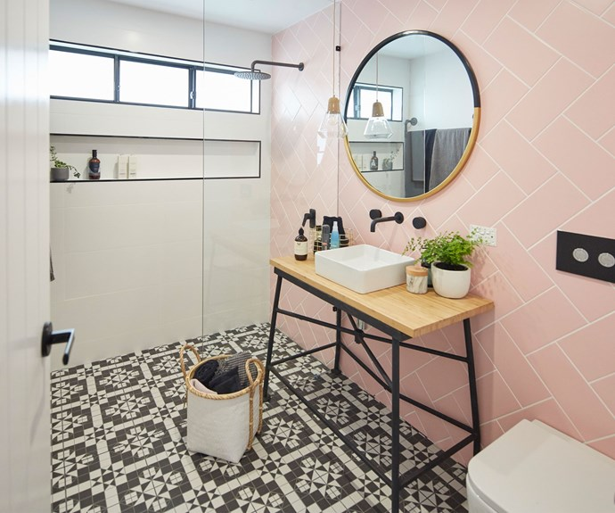 "**The Ensuite:** [Kate and Harry's](http://www.nowtolove.com.au/celebrity/tv/house-rules-teams-on-growing-tensions-with-fiona-and-nicole-37674|target=""_blank"") work in the ensuite was also well received by the judges. ""I think it's an incredibly successful layout, and a beautiful design,"" Wendy said."