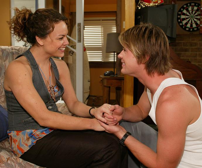 **Kim and Rachel:** Kim (Chris Hemsworth) and Rachel's (Amy Mathews) marriage was rather difficult considering the fact that Kim had a child with Kit (Amy Mizzi). While Kim and Rachel tried everything they possibly could to make their marriage work, in the end, Kim chose to be with Kit and his son Archie.