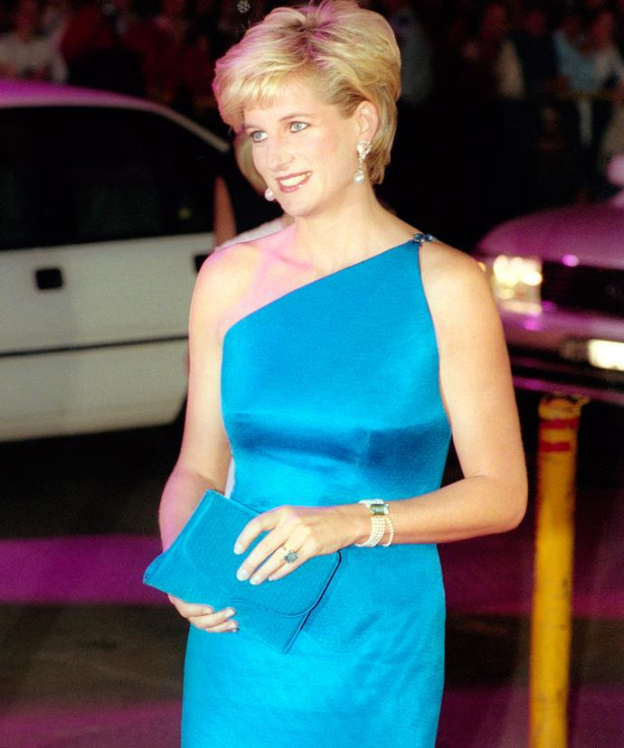 The Princess adored her emerald cut Aquamarine bracelet and ring set, worn here at a gala dinner in Australia in 1996.