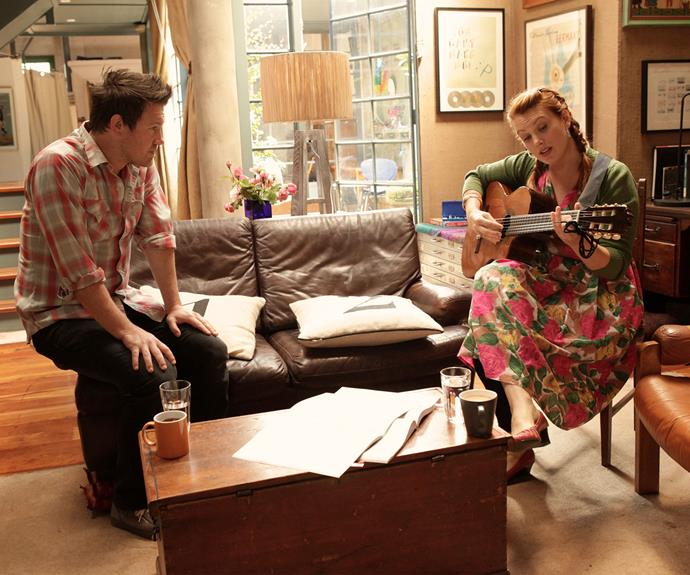 **Jealousy:** Billie struggles with Mick's close relationship with fellow musician Roseanna (Clare Bowditch).
