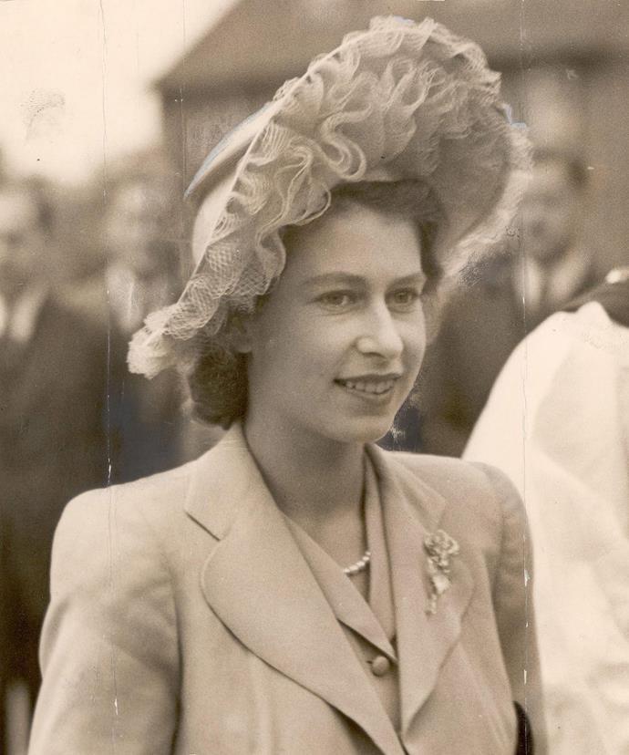 Princess Elizabeth dons a textured headpiece in 1947.