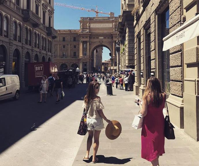 Ada explores Florence with friends.