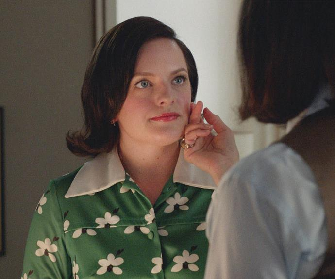 Elisabeth starred as the switched-on secretary turned advertising executive Peggy Olson in the acclaimed series ***Mad Men***. The series, which ran from 2007-2015, cemented Elisabeth's status as a leading lady of the small screen.