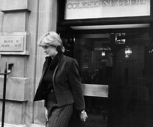A baby-faced Lady Diana Spencer leaves her Earl's Court apartment in 1980.